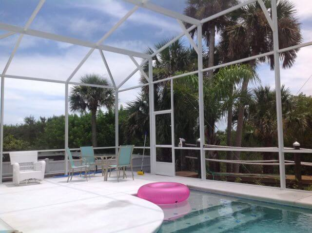 How Screen Pool Enclosures Keep Your Outdoor Living Areas Bug Free And UV Protected